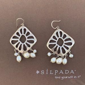 W2165 Silpada sterling silver & pearl earrings